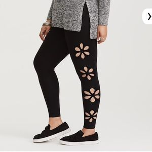 Torrid Floral Cutout Leggings Plus Size 5